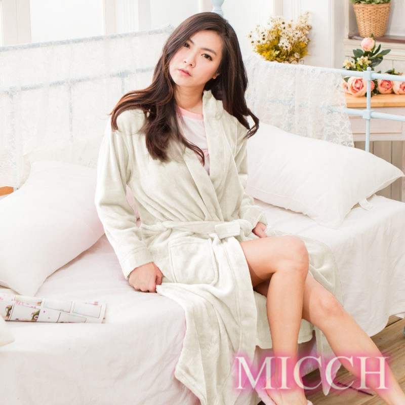 MICCH 溫暖加倍 加厚再升級 法蘭絨睡袍/浴袍/男女適用*潔雪白*