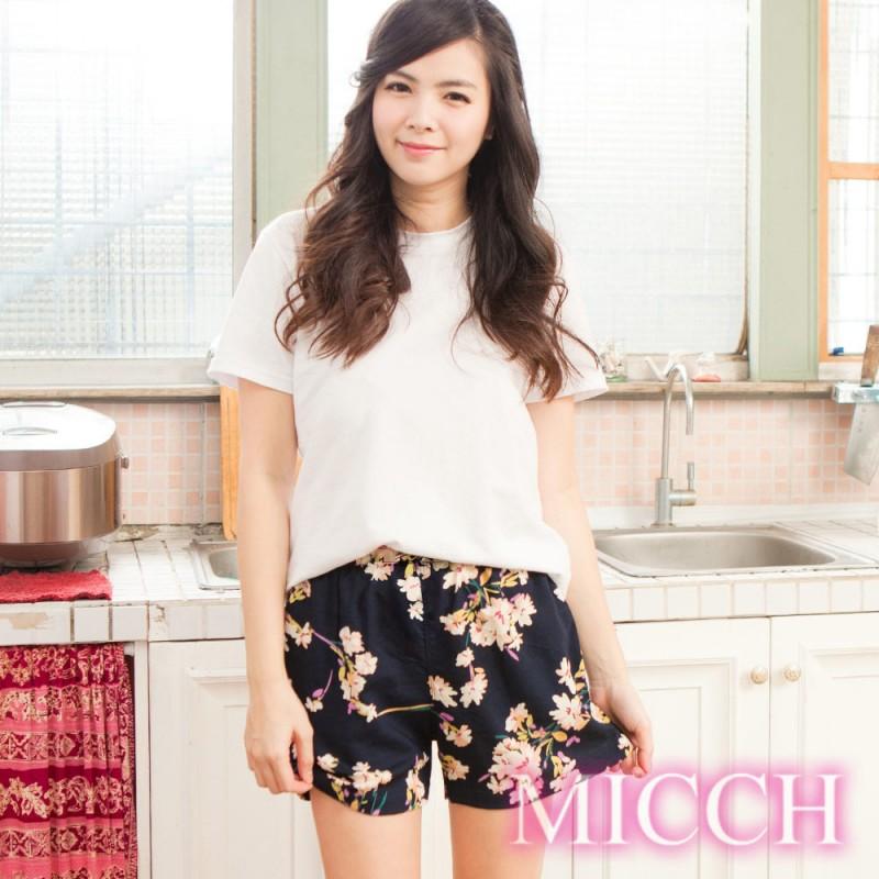 MICCH 涼夏輕薄透氣 嫘縈棉柔 MIT休閒短褲(清雅悠然)